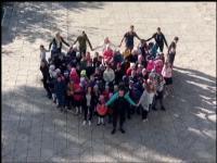 Ученики  своих любимых учителей поздравили с  профессиональным праздником